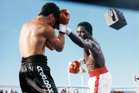 http://tofight.ru/wp-content/uploads/2018/04/Azumah-Nelson-vs-Jeff-Fenech-ring.jpg